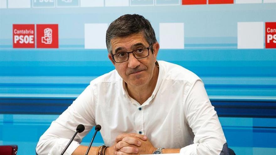 Patxi López llama a reconstruir el PSOE, buscar unidad y renovar el proyecto