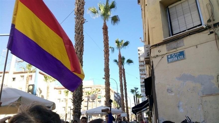 """Oltra al PP tras reponerse la plaza de la División Azul en Alicante: """"¿Por qué prefiere los nazis a la democracia?"""""""