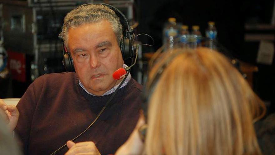 Andrés Pedreño, catedrático de Economía Aplicada, es el primer autor