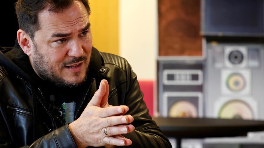 Ismael Serrano o David Otero piden incorporar las artes al sistema sanitario
