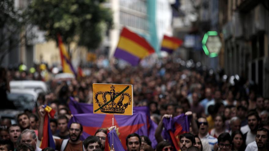 Concentración Republicana tras la proclamación / Olmo Calvo