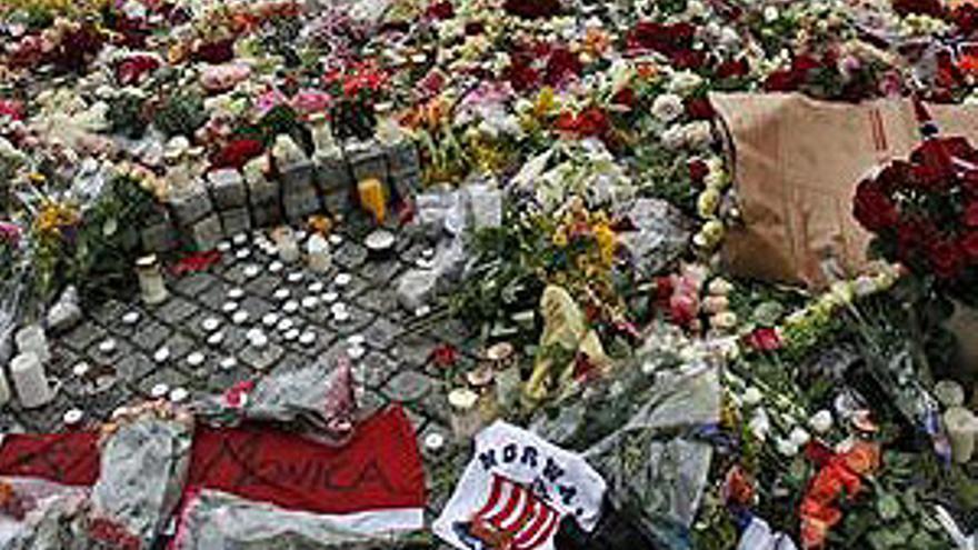Funerales este domingo por las 93 víctimas noruegas.