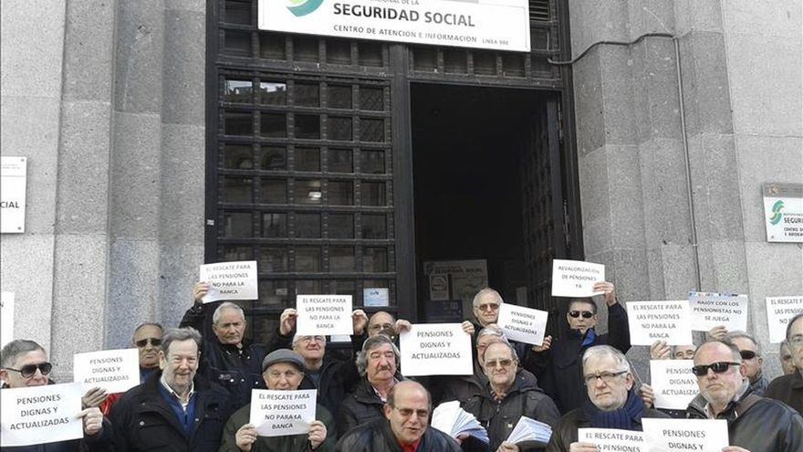 Juzgado de Barcelona obliga a compensar a jubilados por la reducción de las pensiones