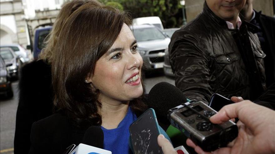 S. Santamaría visita Pronovias, firma que alzó la voz contra la secesión