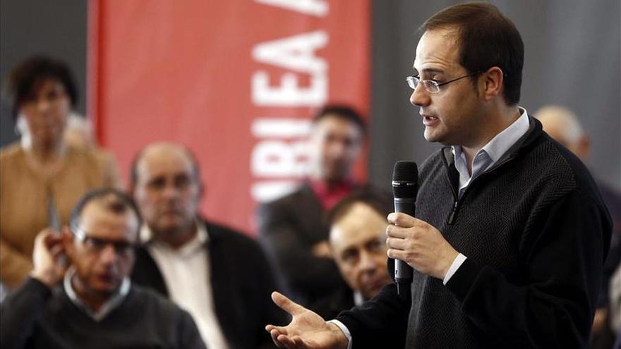 Luena dice que España tiene una fractura social enorme que Cospedal ha agravado en CLM