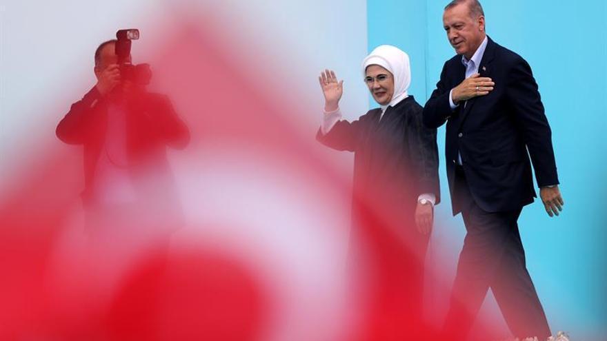 Turquía debate la pena capital o la castración química tras el asesinato de dos niñas