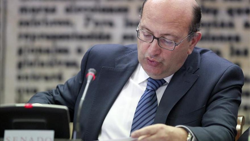 El Tribunal de Cuentas aclara que no quiere fiscalizar a los familiares de políticos