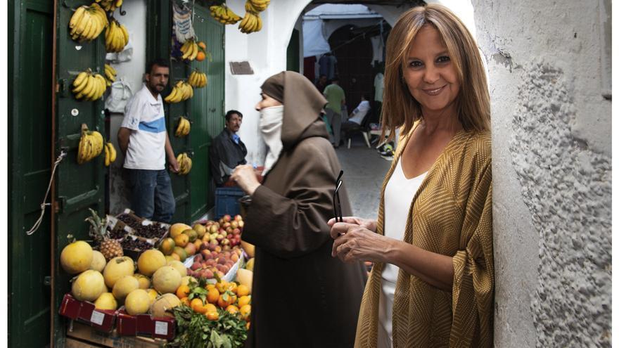 María Dueñas en Tetuán, escenario de su best-seller 'El tiempo entre costuras'
