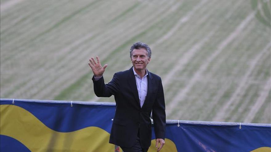 Macri ordena revisar los contratos de funcionarios de los últimos tres años
