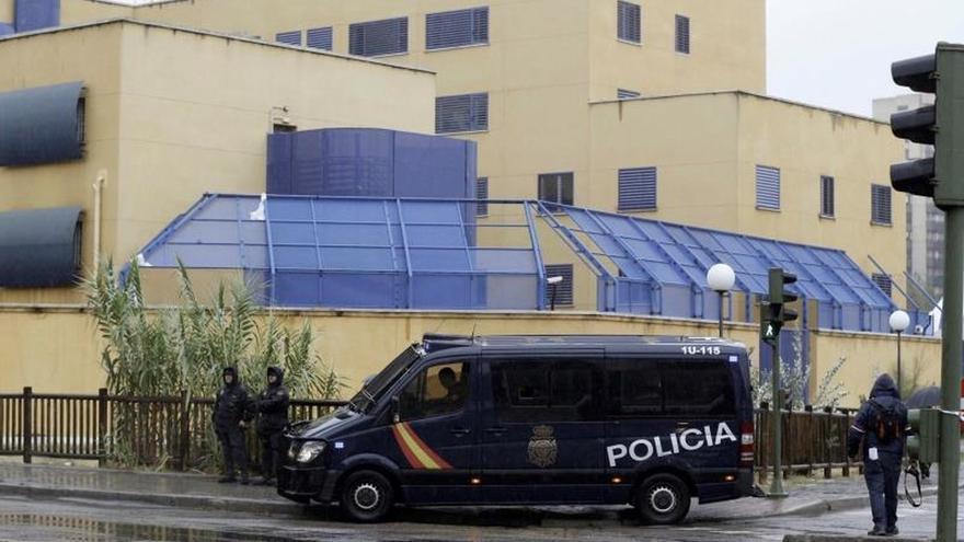 Ningún inmigrante logró fugarse anoche en el motín del CIE en Madrid