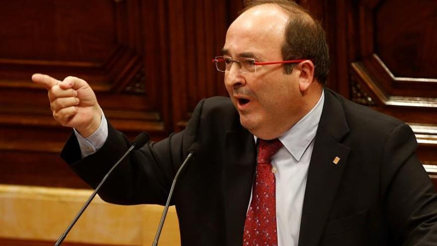Iceta critica el silencio de Torra ante los altercados y le exige su dimisión
