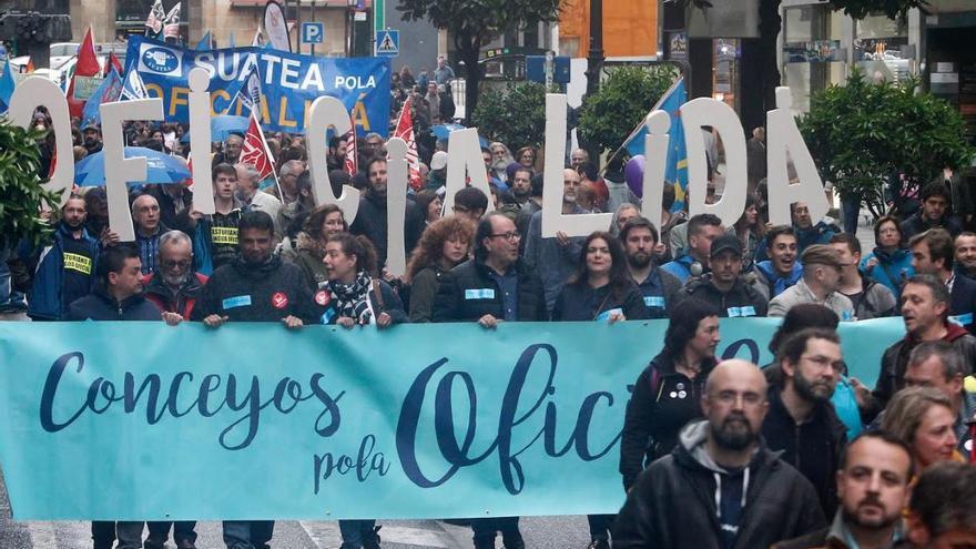 Manifestación por la cooficialidad del bable en Oviedo.