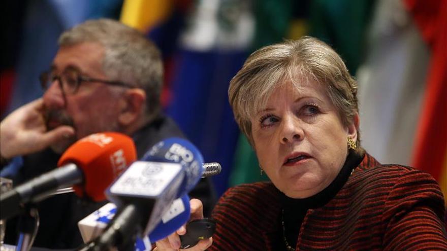 La inversión extranjera cayó un 16 por ciento en América Latina en 2014, según la Cepal
