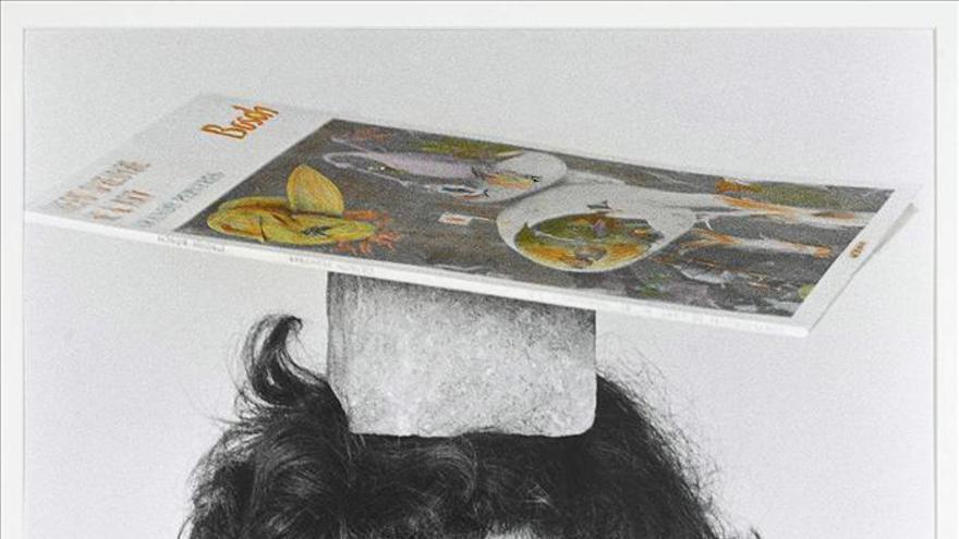 La pionera española Esther Ferrer en el centro del huracán artístico de París