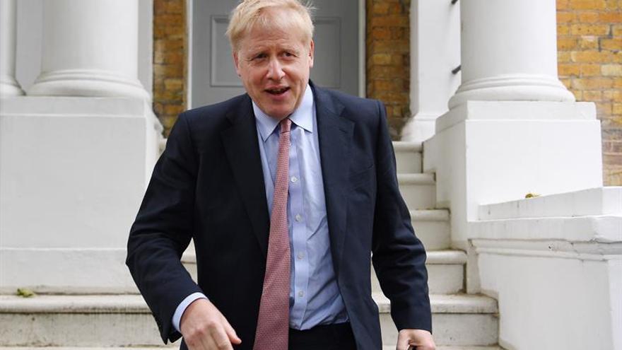 """Johnson defiende no pagar la factura del """"brexit"""" si no hay más concesiones"""
