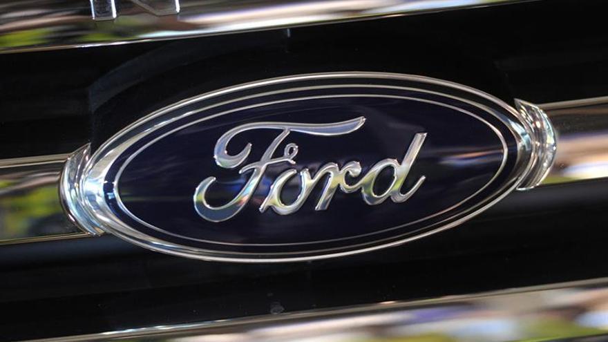 La ventas de automóviles en EEUU en noviembre crecen impulsadas por Ford y GM