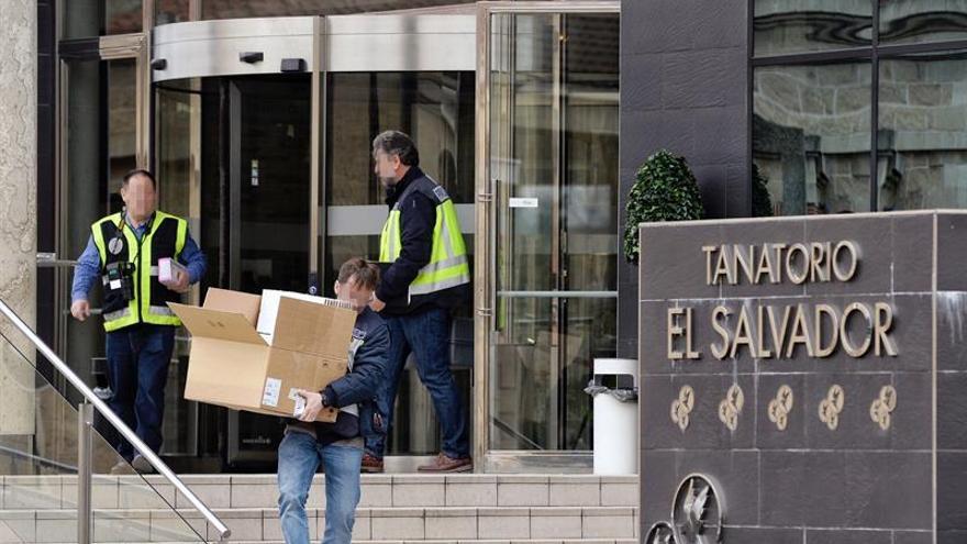 OCU aconseja a afectados por fraude ataúdes reunir documentación y denunciar