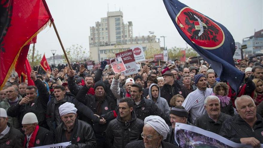 Disturbios en Kosovo durante la detención del líder de la oposición
