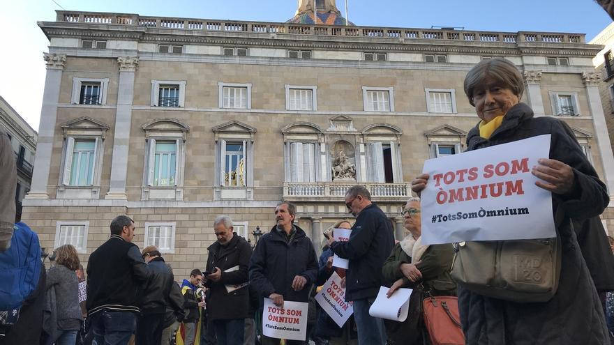 Empieza la protesta en Barcelona contra los registros a Òmnium y la Generalitat