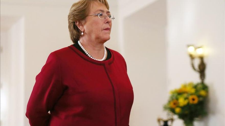 Bachelet dará a conocer el lunes nombres de sus nuevos ministros