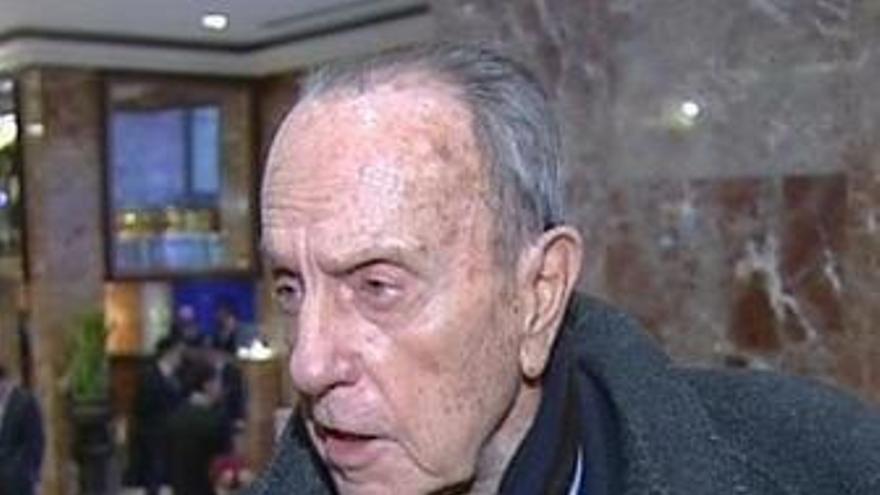 """Fraga da por """"resuelto"""" el enfrentamiento entre Aguirre y Cobo"""