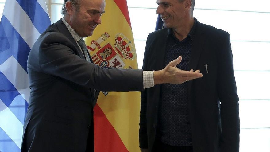 """De Guindos, """"convencido"""" de un acuerdo sobre el rescate a Grecia en """"los próximos días"""""""