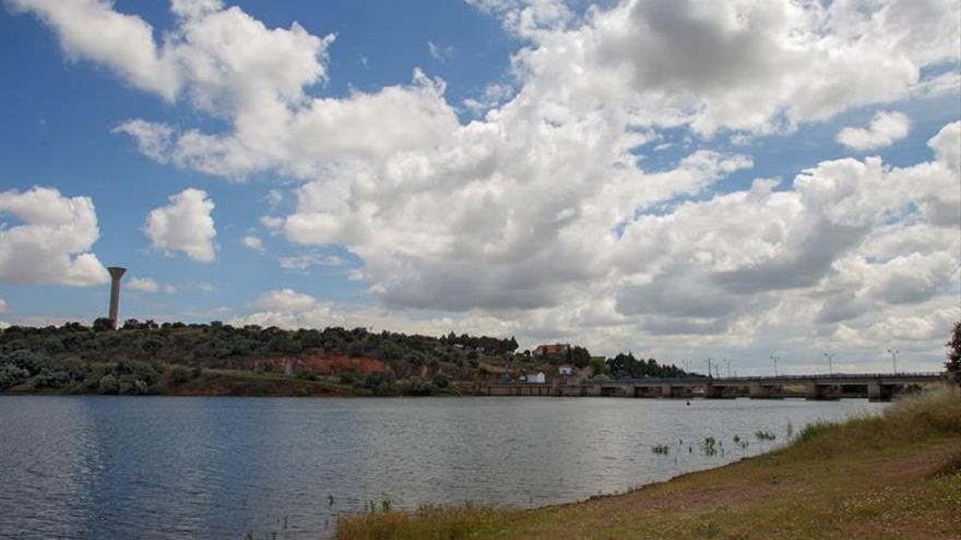 El Congreso plantea redimensionar trasvases ante menor disponibilidad de agua