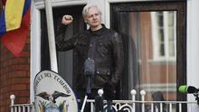 Julián Assange: entre la censura y el chantaje