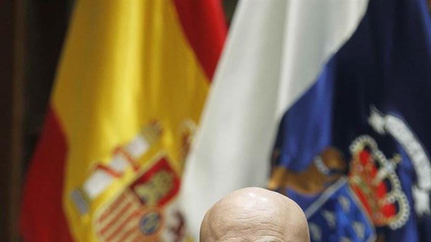 Rafael Yanes, en la comisión que debatió su idoneidad para presidir la institución del Diputado del Común.