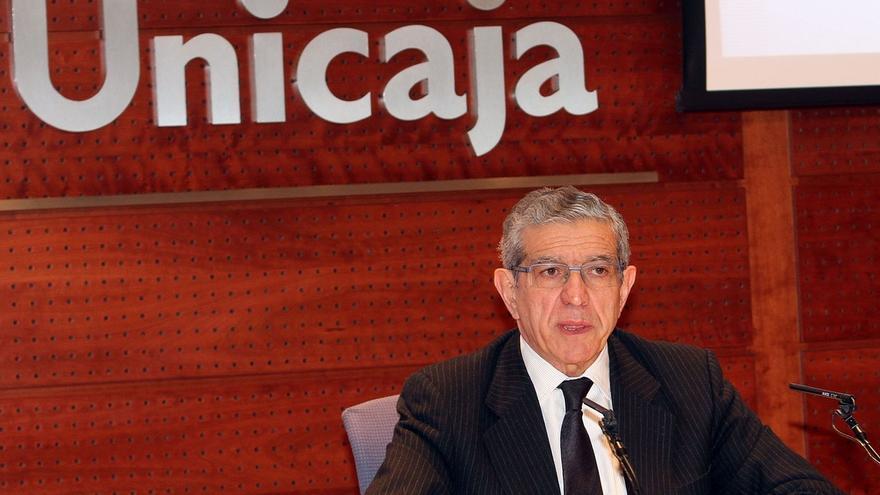 """Medel (Unicaja) niega """"problemas de personalismos"""" en futuras fusiones y un oligopolio en el sector"""