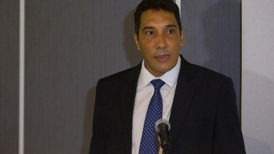 En la imagen, Eduardo Rodríguez Dávila, ministro cubano de Transporte.