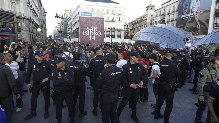 Un centenar de personas muestra su apoyo en Madrid a los detenidos en Barcelona