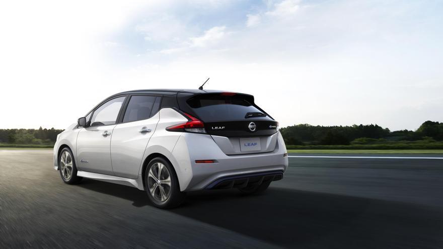 La carrocería del nuevo Nissan Leaf es más larga, ancha y alta que antes.