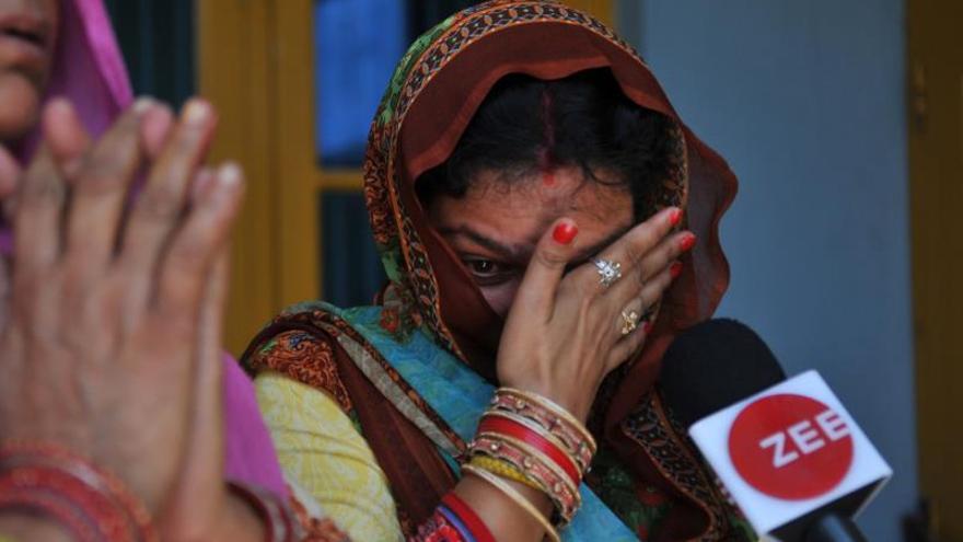 Condenan a seis acusados por la violación y asesinato de una niña en India