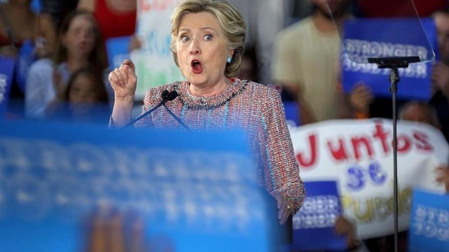 La ofensiva final de Clinton busca la reconquista del Congreso de EE.UU.
