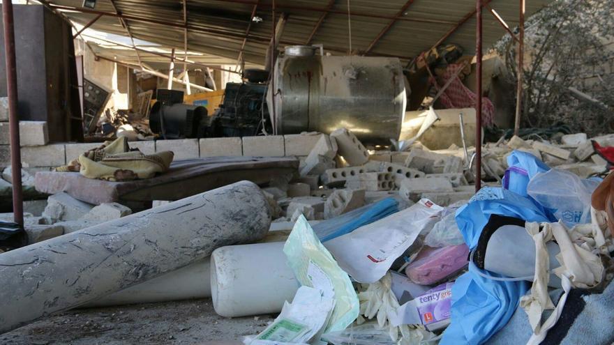 El hospital apoyado por MSF en Ma'arat Al Numan fue atacado y destruido el lunes 15 de febrero.   Foto: MSF.