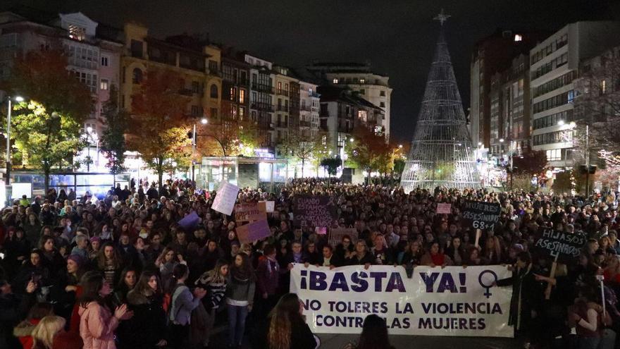 Manifestación contra la violencia de género en Santander.