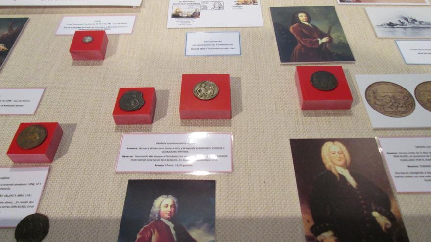 En la imagen, algunas de las monedas que pueden contemplarse en la exposición.