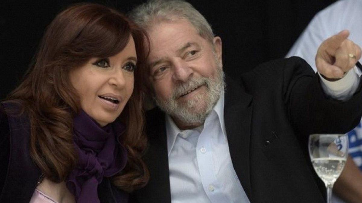 Cristina Kirchner y lula da Silva compartieron un acto virtual.