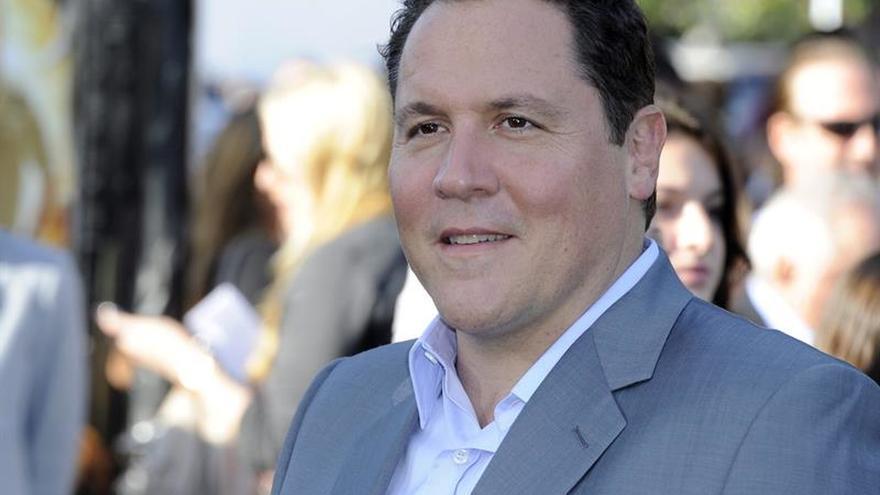 """Jon Favreau dirigirá una nueva versión en acción real de """"El rey León"""""""