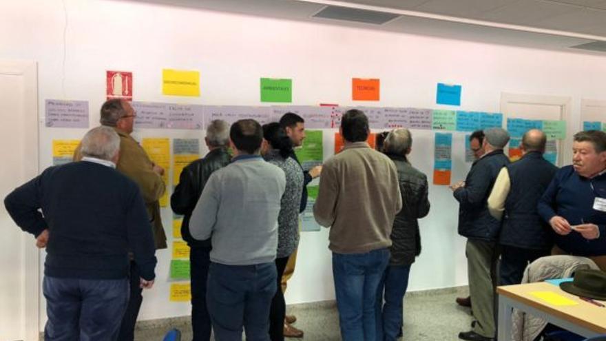 Imagen de uno de los talleres desarrollados por la Fundación Nueva Cultura del Agua en Puente Genil / FNCA