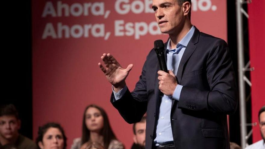 """Sánchez: """"Si Torra quiere hablar, que lo haga primero con los catalanes"""""""