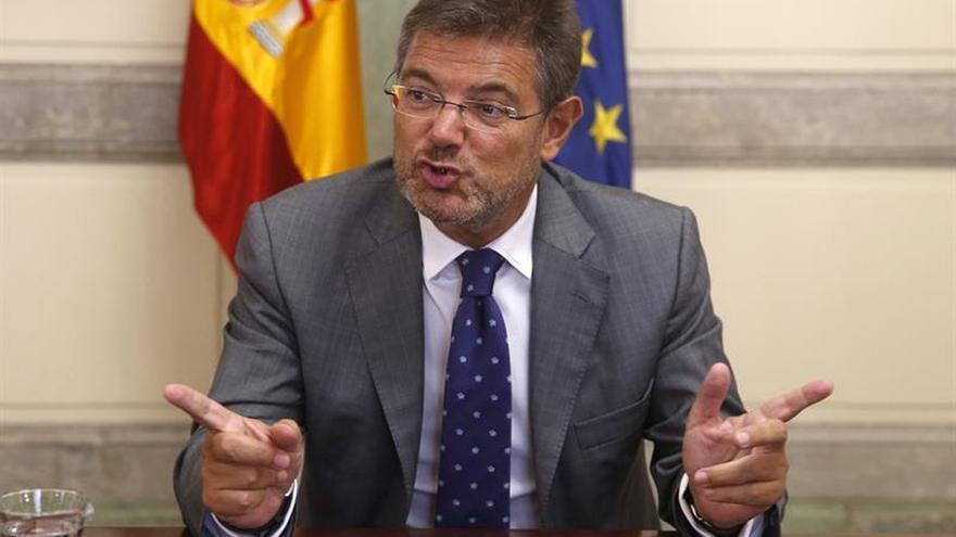 Catalá cree que Soria tiene derechos como funcionario para ocupar su cargo en el BM