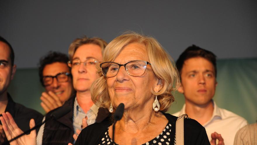 Manuela Carmena (centro), Marta Higueras (izquierda) e Íñigo Errejón (derecha)