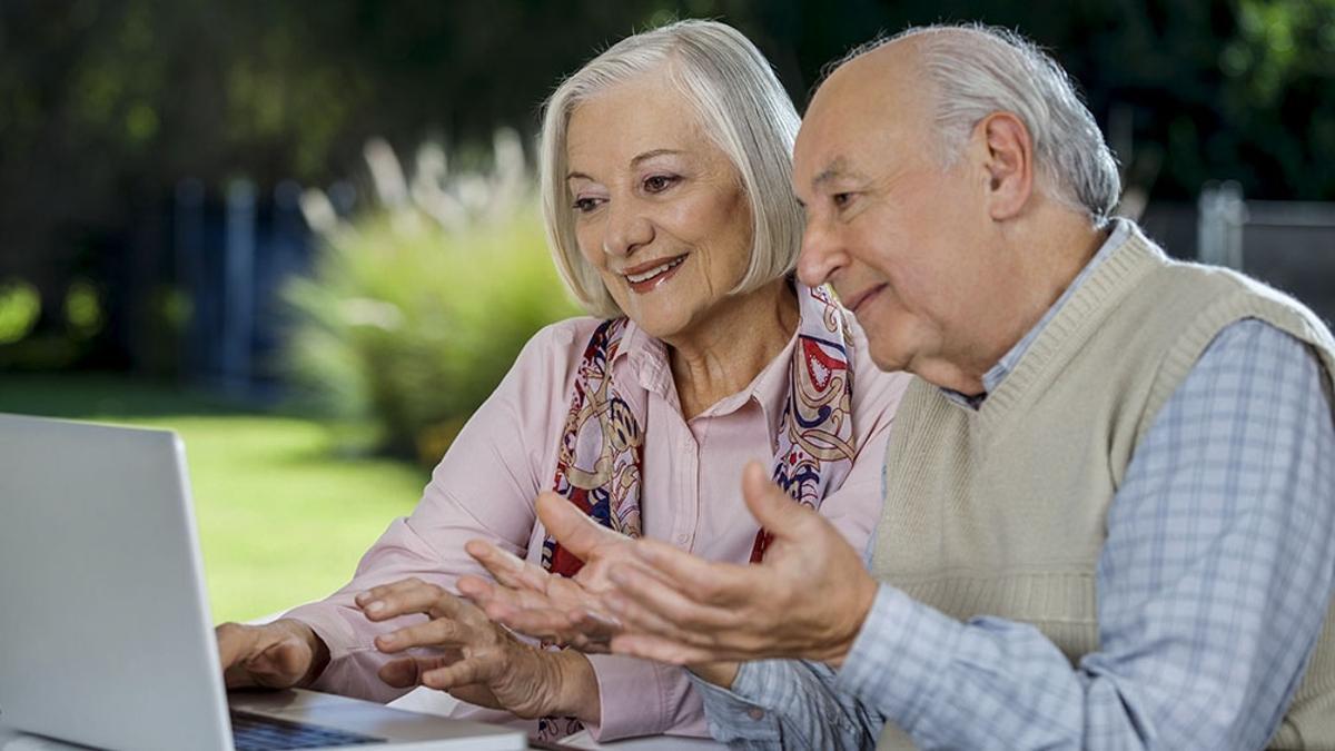 Jubilados y pensionados pueden solicitar Créditos ANSES de manera online.