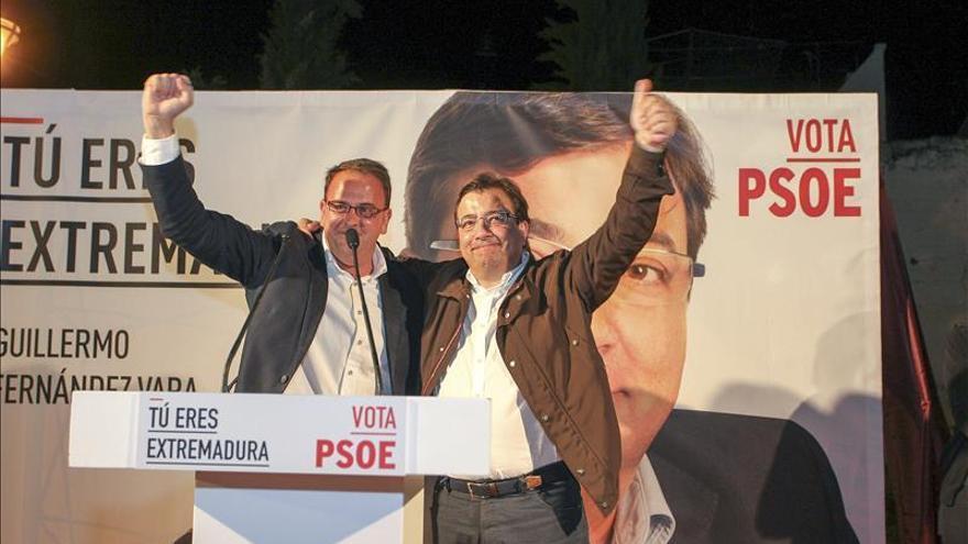 La capital de Extremadura vuelve a manos del PSOE