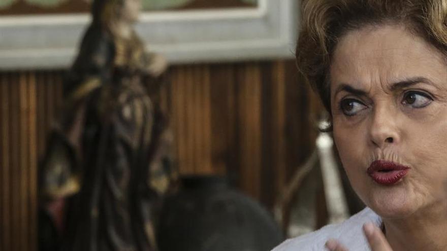 Rousseff compara el intento de golpe en Turquía con el proceso que la separó del poder