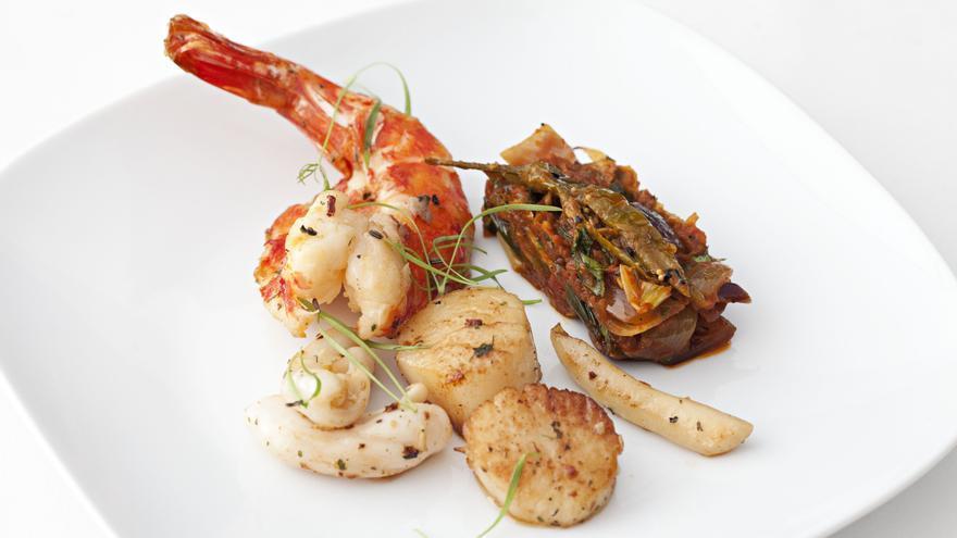 Samundri Khazana Do Pyaaza: langostinos y navajas con cebolla picante y tomate (Imagen: Supper)