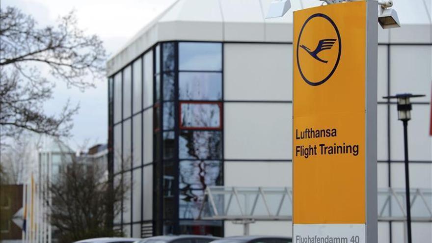 Lufthansa publica sus condolencias en la prensa francesa, española y alemana