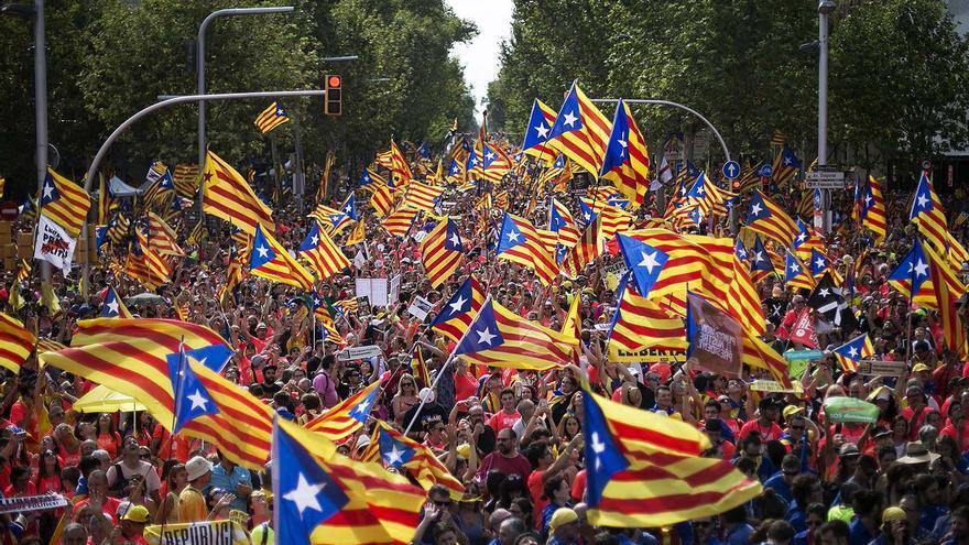 Esteladas independentistas durante la Diada de 2018 en Barcelona